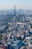 Vue panoramique en excursion Eiffel et défense de La, Pari Images stock