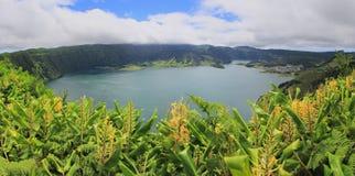 Vue panoramique sur des lacs Sete Cidades sur le sao Miguel, Açores Photo stock