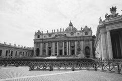 Vue panoramique sur la basilique et la place papales de St Peter ? Vatican photographie stock libre de droits