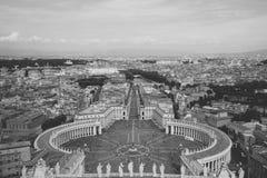 Vue panoramique sur la place et la ville du St Peter de Rome photo libre de droits