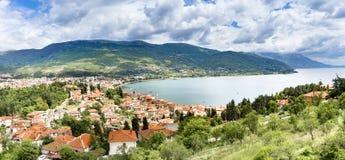 Vue panoramique sur la ville de ville nouvelle d'Ohrid dans Macédoine photo libre de droits