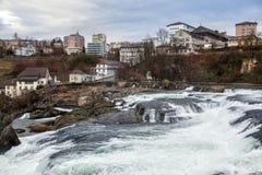 Vue panoramique sur les chutes du Rhin ; La Suisse ; Images stock