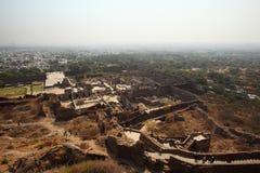 Vue à partir de dessus de fort de Golconda, Hyderabad Image libre de droits