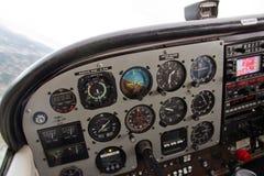 Vue pilote de tableau de bord complexe d'avion Photos libres de droits