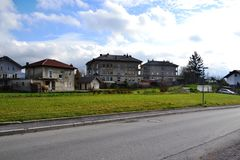 Vue Pivka Postojna, région de village de Prestranek Slovénie de Ljubljana Notranjska Photos libres de droits