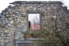 Vue Postojna, burjaka de village de Razdrto Slovénie de vent de région de Nanos Notranjska de bâti Image stock