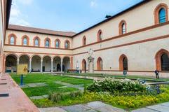 Vue pour la La Corte Ducale dans le château de Sforza images libres de droits