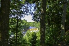 Vue profonde à la rivière photos libres de droits