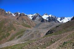 Vue renversante des montagnes de Tien Shan Images libres de droits