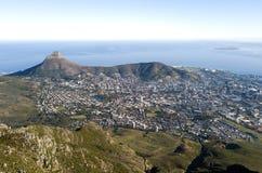 Vue a?rienne au-dessus de montagne de Tableau et de Cape Town, Afrique du Sud photo stock