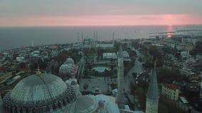 Vue a?rienne d'Istanbul, Turquie Hagia Sophia et mosquée bleue dans la place de Sultanahmet clips vidéos