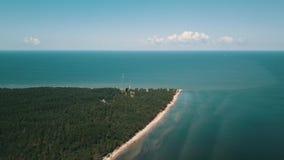 Vue a?rienne de cap Kolka, mer baltique, Lettonie clips vidéos