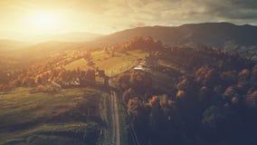 Vue a?rienne de paysage des montagnes panoramique de campagne photos libres de droits