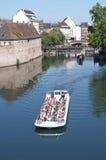 Vue romantique de la défectuosité de rivière - Strasbourg, France Image stock