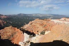 Vue rouge de fond de paysage de montagne Image stock