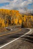 Vue scénique aux montagnes sur le chemin détourné 12 en Utah, Etats-Unis Photographie stock libre de droits
