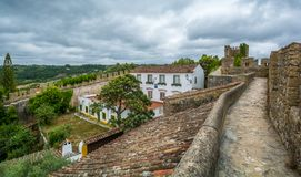 Vue scénique d'été dans Obidos, secteur de Leiria, Portugal Images stock
