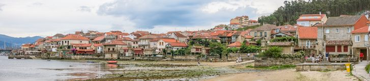 Vue scénique dans Combarro, village espagnol de pêcheurs près de Pontevedra, Galicie, Espagne du nord photographie stock
