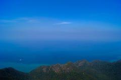 Vue scénique de mer d'andaman à langkawi Photos stock