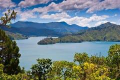 Vue scénique de port en Nouvelle Zélande Photographie stock libre de droits