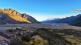 Vue scénique des montagnes dans le cuisinier National Park, Cantorbéry de bâti Image libre de droits