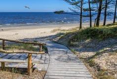 Vue scénique sur la mer baltique du point de repos Photographie stock libre de droits