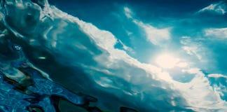 Vue sous-marine de la surface de mer fond sous-marin image stock