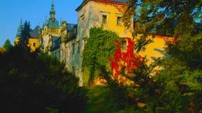 Vue stupéfiante de château de Ksiaz près de Walbzych au jour d'été Le château de Ksiaz est troisièmement le plus grand ch photo stock