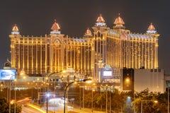 Vue stupéfiante de nuit de galaxie Macao dans Cotai Station de vacances de casino image libre de droits