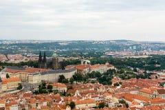 Vue supérieure à la vieille ville de Prague Images libres de droits