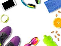 Vue supérieure d'équipement et de vêtements de sport Images stock