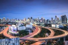 Vue supérieure d'autoroute urbaine et de route de Bangkok Photo stock