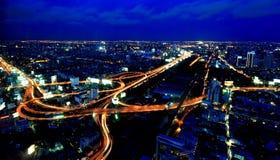 Vue supérieure d'autoroute urbaine et de route de Bangkok, Thaïlande images stock