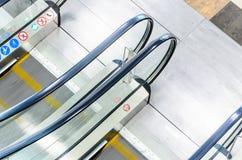 Vue supérieure d'escalier d'escalators Image libre de droits