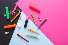 Vue supérieure d'espace de travail créatif, papeterie Photographie stock