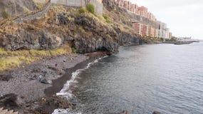 Vue supérieure d'une côte les bâtiments de l'île de Ténérife, Îles Canaries, Espagne images libres de droits
