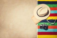Vue supérieure de cadre de plage sablonneuse Fond d'effet de vintage Photos stock