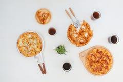 Vue supérieure de divers genres délicieux de pizza Image libre de droits