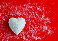 Vue supérieure de fond rouge avec l'idée de jour du ` s de valentine Conce d'amour Photos stock