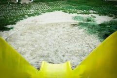 Vue supérieure de glissière jaune Images libres de droits