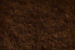 Vue supérieure de jardin de sol de fond fertile de texture images libres de droits