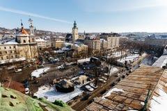 Vue supérieure de la place à l'avenue de Liberdade et de la partie historique jour d'hiver de Lviv, Ukraine photo stock