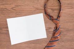 vue supérieure de lien et de papier blanc photo libre de droits