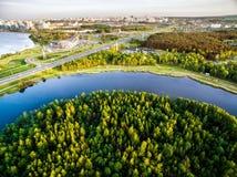 Vue supérieure de rivière et de parcs Photographie stock libre de droits