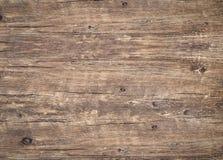 Vue supérieure de table en bois superficielle par les agents de cru avec des fissures photographie stock