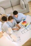 Vue supérieure des architectes dans l'action Image stock