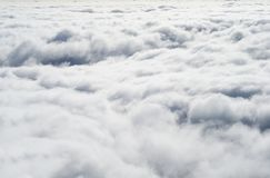 Vue supérieure des cumulus abrégez le fond images stock