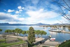 Vue supérieure du golfe de Peschiera del Garda Photo stock