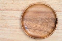 Vue supérieure Tray On Wooden Table en bois image libre de droits