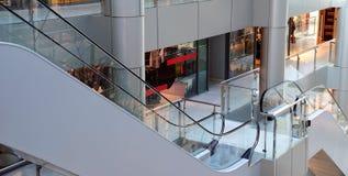 Vue sur des achats intérieurs de centre Image stock